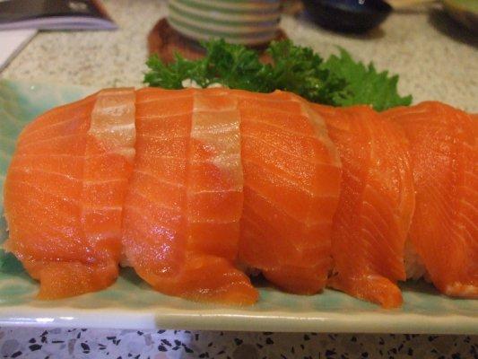 คำอธิบายภาพ : salmon
